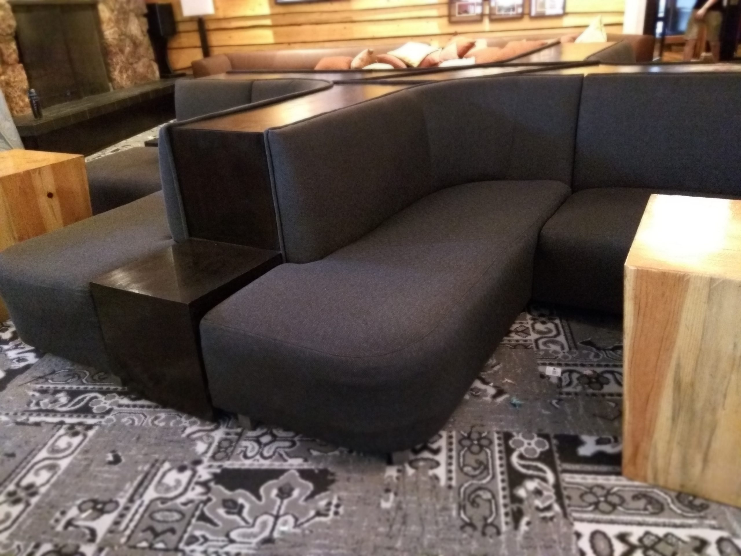 Four Sided Curved Lounge Upholstery Restaurant Booth Seat and Back