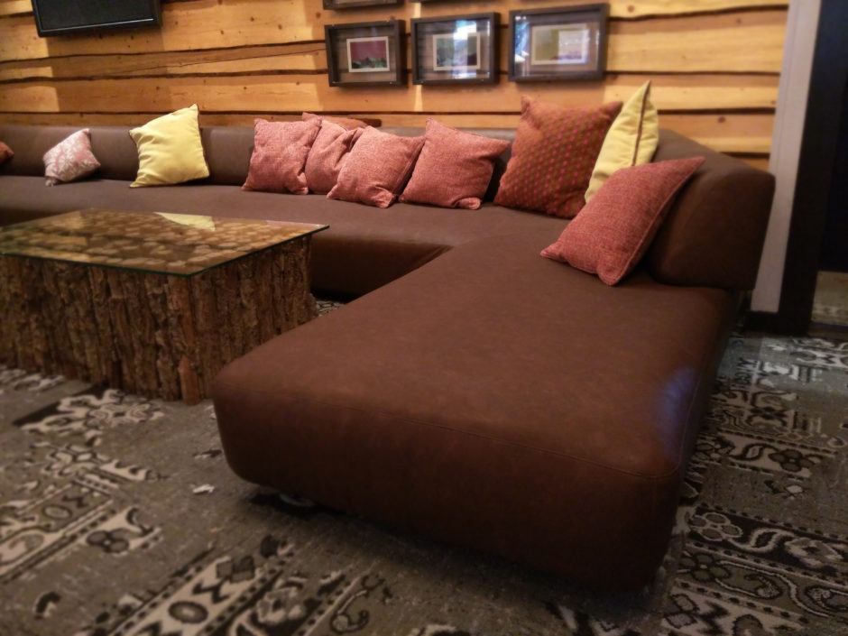 Oversized Restaurant Bar Couch Seat Lounge Upholstery Recover