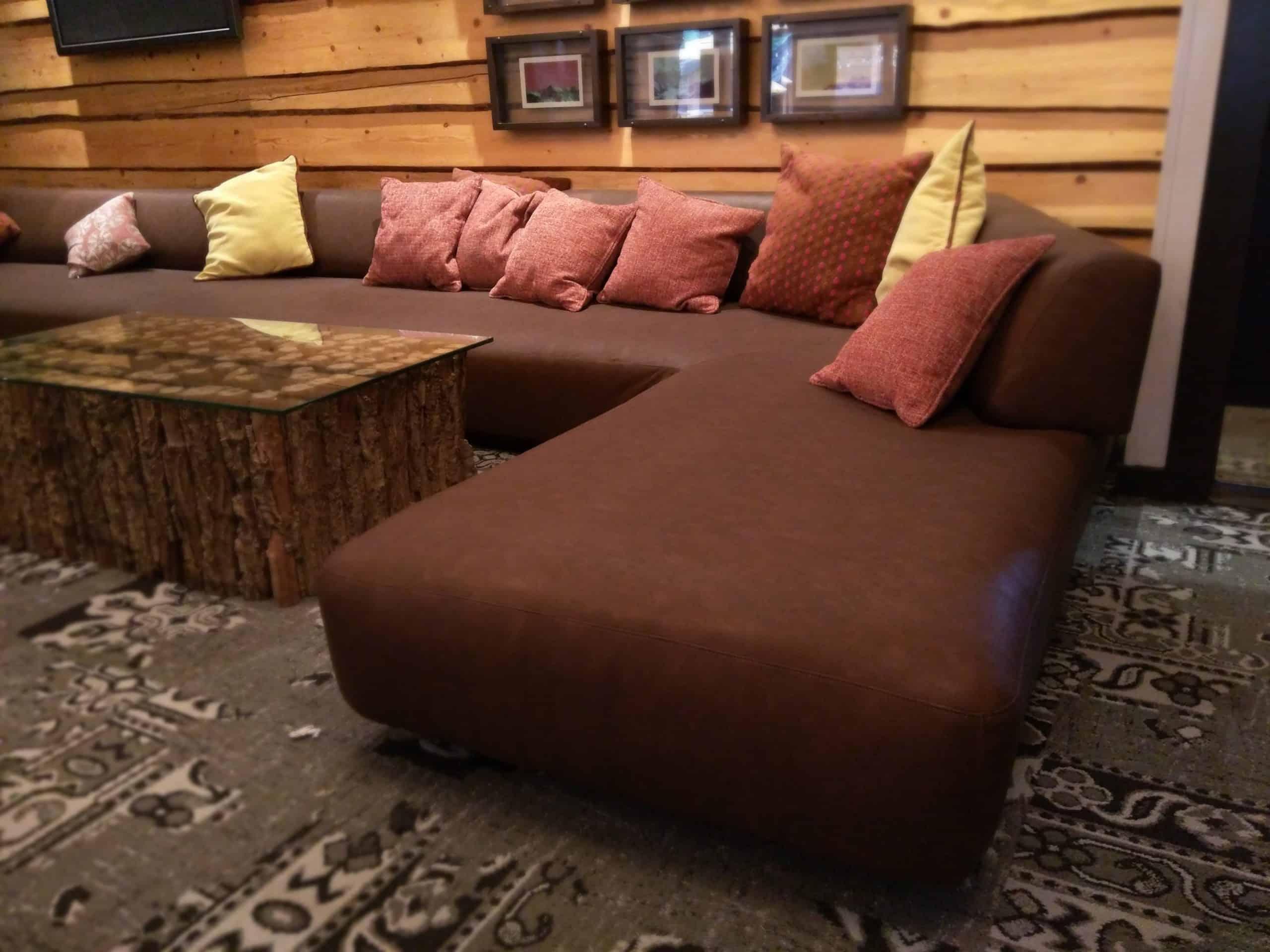 Restaurant and Lounge Upholstery - 39 Degrees | Aspen, CO