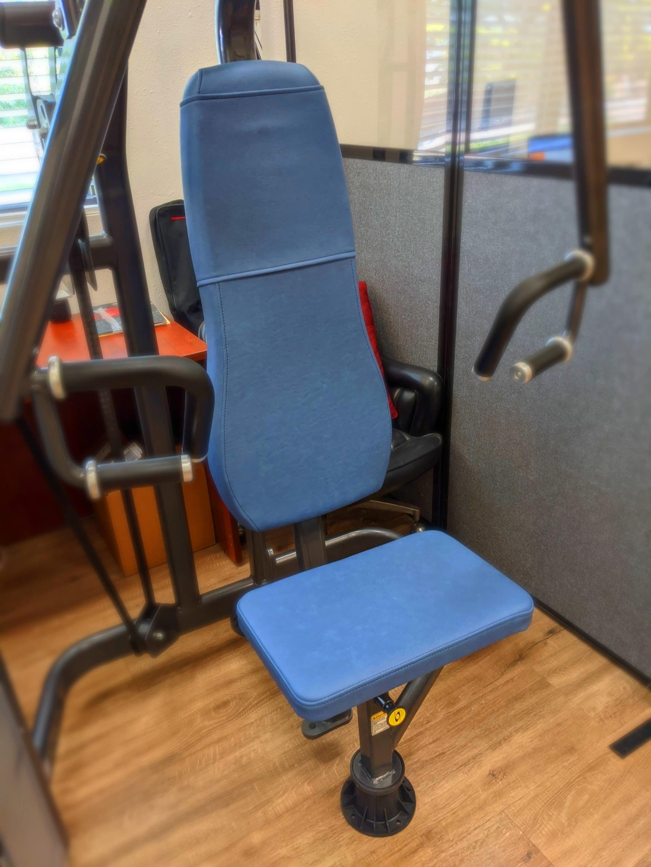 Gym Equipment Cybex Bariatric Chest Press BoltaSport Titan Azure.jpg